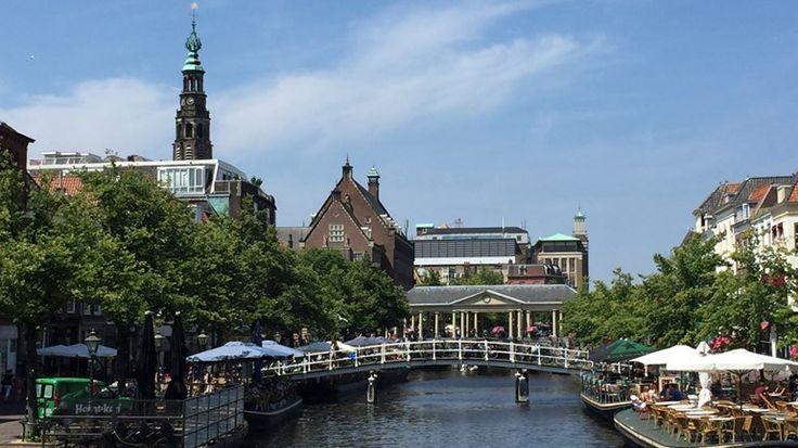 De Waag, de Leidse Burcht en de Pieterskerk. Stuk voor stuk zijn dit bekende plekken in Leiden. Deze en andere plekken in de stad kan je nu bij ons bekijken in 360-graden.