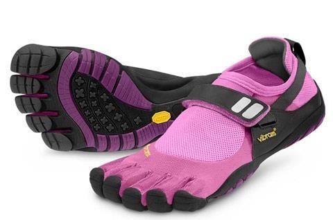 Обувь через пальчик