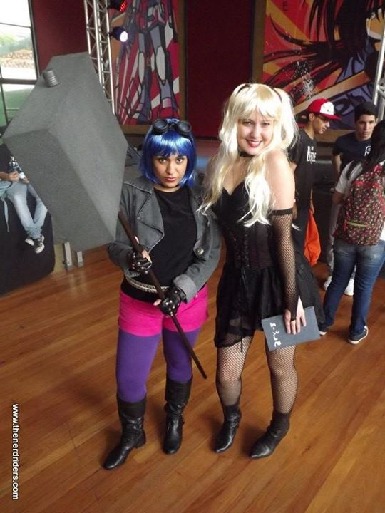Cosplay de Ramona Flowers (Scott Pilgrim) e Misa Amane (Death Note)