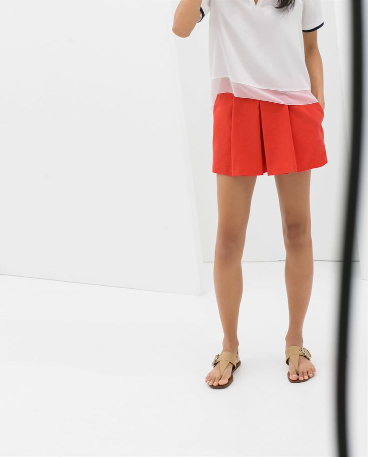 Image 2 of BOX PLEAT SHORTS WITH SIDE POCKETS from Zara