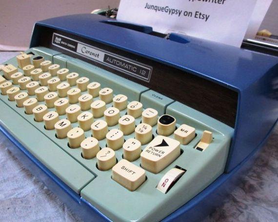 Vintage Smith Corona Coronet Electric Typewriter Blue