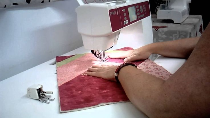 Berenice nos muestra como acolchar de una forma muy sencilla usando la técnica Stitch in the Ditch