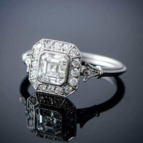 Anillo de compromiso de Vintage estilo corte Asscher diamantes by EstateDiamondJewelry | Etsy