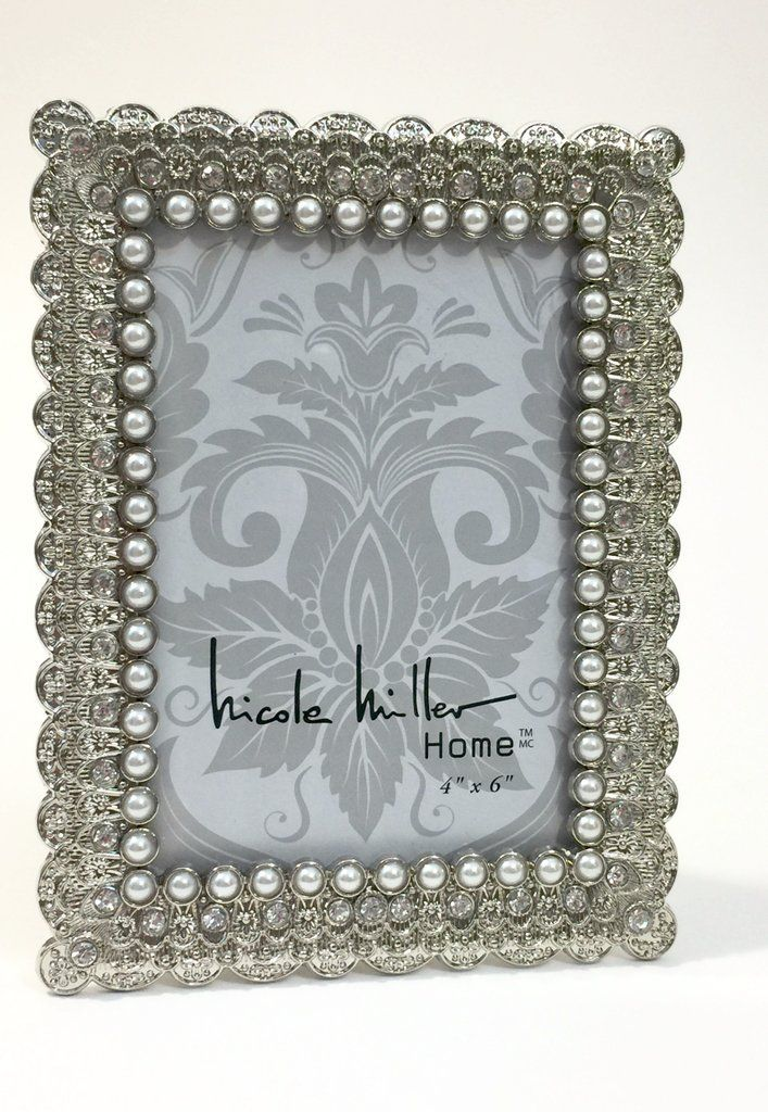 Silver frame with pearl edging #weddinggift #gift #gifts #wedding #giftideas