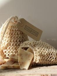 Exfoliating Bag   www.sallybourneinteriors.co.uk