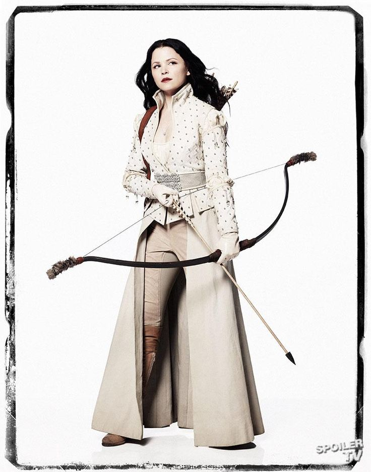 Oooo I want this costume for Halloween!      Snow White - Once Upon a Time  bow- archery