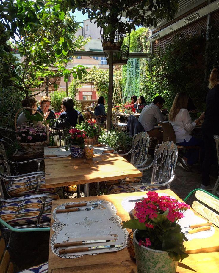 M s de 1000 ideas sobre jardines secretos en pinterest - Terrazas romanticas madrid ...