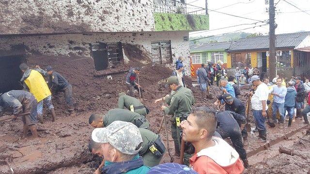 H o y    e s    N o t i c i a : Congresista responsabiliza al alcalde de Manizales...