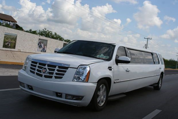 Pearson rides can be prearranged through GTA. Taxi service providers even provide its passengers the facility of a ride with luxury and style in its finest airport taxi service Toronto.The taxi service provides a prompt pickup outside the terminal.