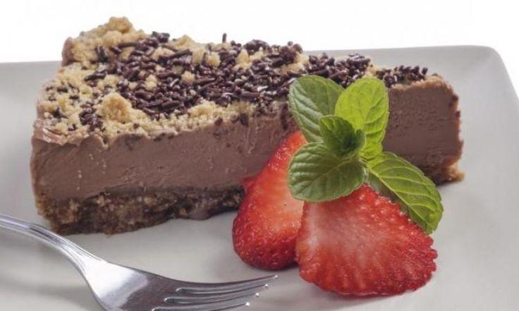 Facile et succulente...La tarte au chocolat dans sa croûte de biscuit Graham...