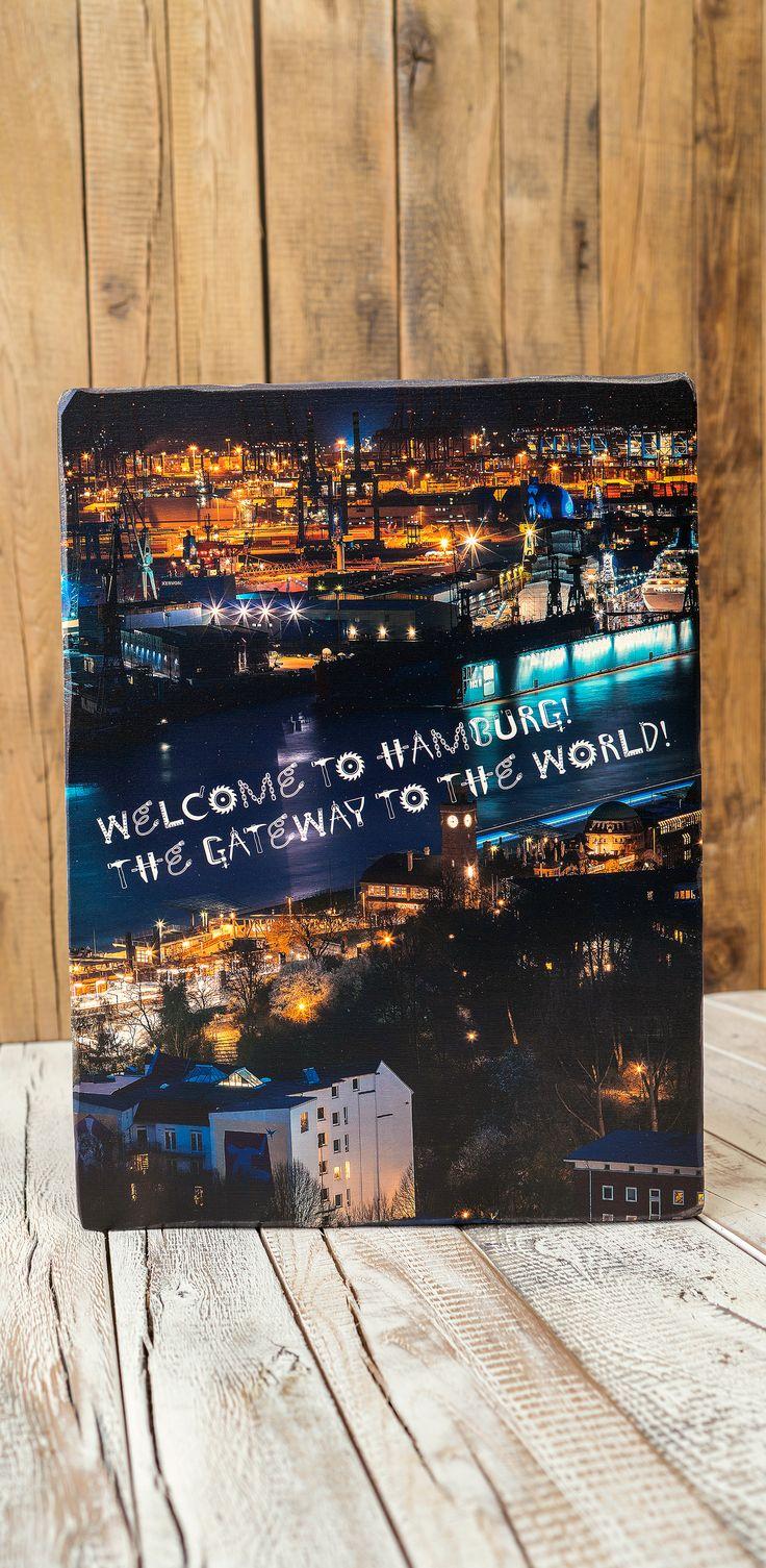 Welcome to Hamburg. The Gateway to the World. Moin Moin, Ahoi und herzlich willkommen. Wir produzieren wir dich unverwechselbare Holzbilder mit maritimen Flair. Entdecke die ganze Vielfalt der verschiedenen Holzarten, der Holzverarbeitung und dem Altholz unter http://www.holzdruck-manufaktur-hamburg.de/