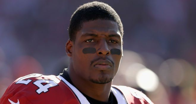 NFL : Chicago Bears firman el ex safety de los Cardenales de Arizona Adrian Wilson