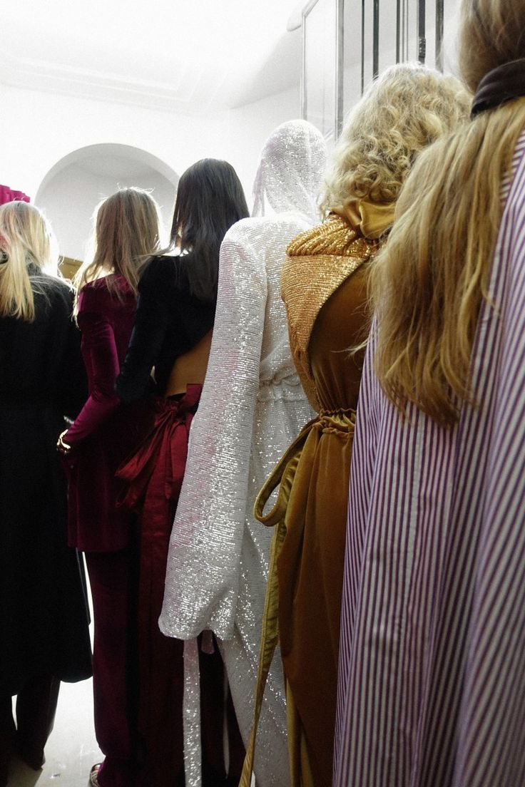 The line up - Backstage at Y/Project Fall 2017 - Paris Fashion Week