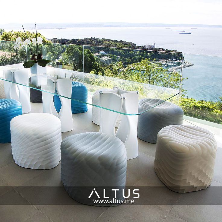 TONON's River Stone pouf is soft, non-toxic, and waterproof, making it perfect for countless situations indoors and outdoors!  www.Altus.me #InteriorDesign #LuxuryFurniture #Luxury #Furniture #Design #Designer #Decor #MadeInItaly #HomeDecor #Home