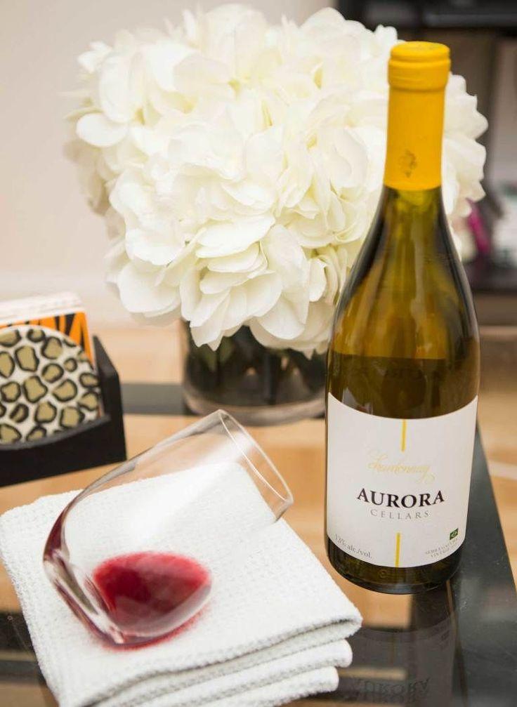 Cancella le macchie di vino rosso con il vino bianco