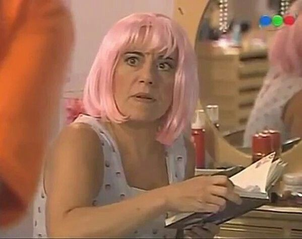 Julia calvo en la 3 temporada de casi angeles