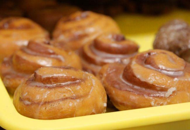 Φτιάξε+λαχταριστά+ντόνατ+κανέλας+με+ΕΛΑΧΙΣΤΕΣ+θερμίδες!