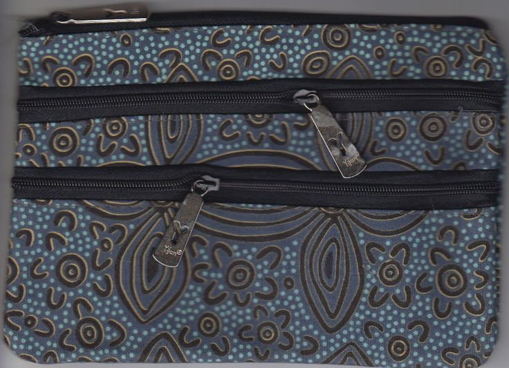 Yijan 3Z Cosmetic Bag Women's Ceremony Yuelamu (Blue) Artist: Maureen Hudson Nampajimpa Code: YI-COS-3Z-17Blue Price: $14.00 or 2 for $26.00