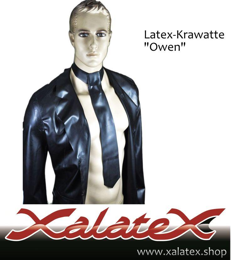 """Elegante Latex Krawatte für einen stilvollen Auftritt  Unsere Latex Krawatte """"Owen"""" verleiht deinem Auftritt eine gewisse Eleganz. Der perfekte Business Look für Sie und Ihn. Egal, ob mit oder ohne Hemd mit dem Latex Schlips sind die Blicke dein."""