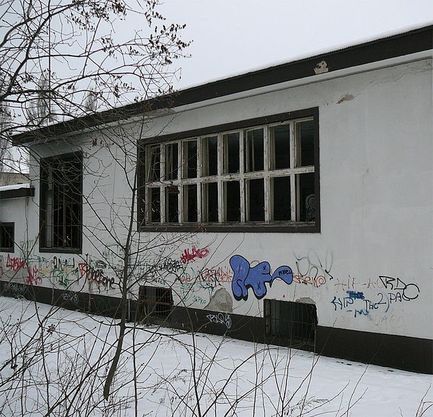 Abandoned kindergarten on Pavlovičova 1 (by xtabay)