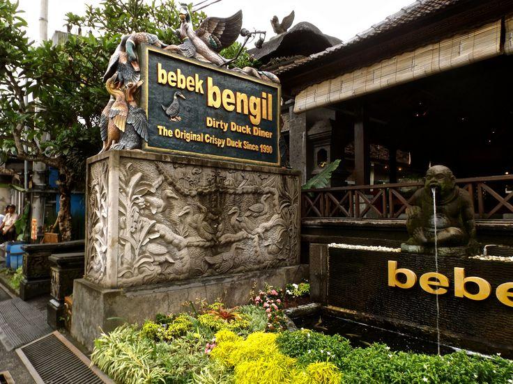 The famous duck dishes restaurant on Ubud. #ALIKA