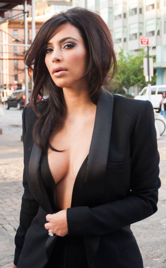 Kim Kardashian skips a bra and flashes major cleavage in NYC!