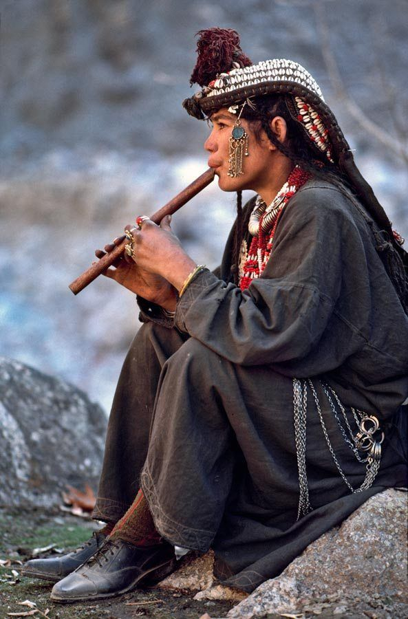 "pachatata: "" Kalash Flute Player, Pakistan Photo: Steve McCurry """