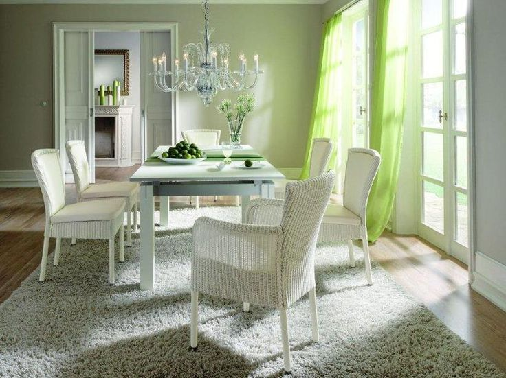 Nova. Classics. Lloyd Loom Furniture Accente.