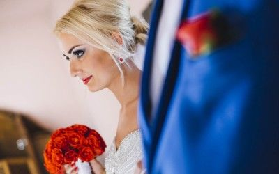 weeding photography red and blue color