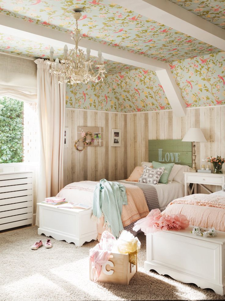 pastel wallpaper girl's bedroom, country living, farmhouse style
