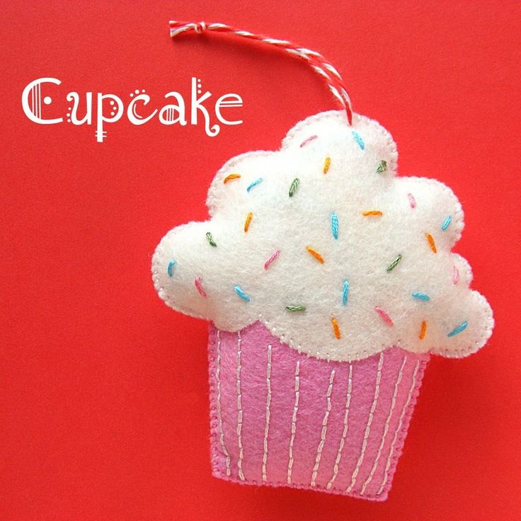 Make a fun felt cupcake ornament with this easy pattern from Shiny Happy World. :-)