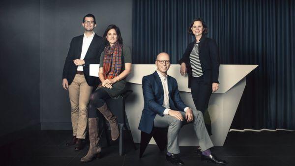 """Vier von """"40 unter 40"""". Von links: Phil Pezus (Thyssenkrupp), Anna Katharina Herrhausen (Herrhausen Gesellschaft), Gundbert Scherf (Verteidigungsministerium/McKinsey), Juliane Seifert (SPD)"""
