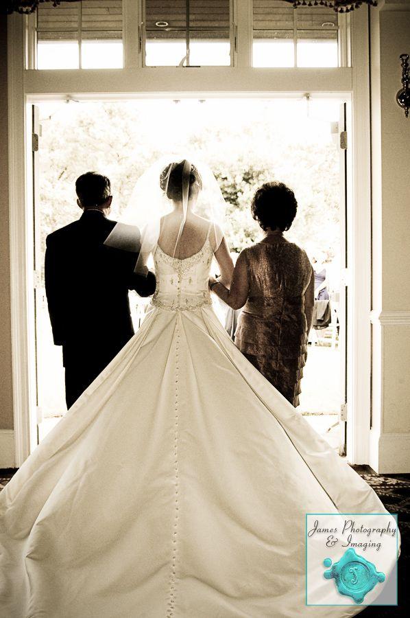 Bride & Parents - New Jersey Wedding | James Photography and Imaging | www.jamesphoto.com #jpiweddings #wedding #weddingphotography