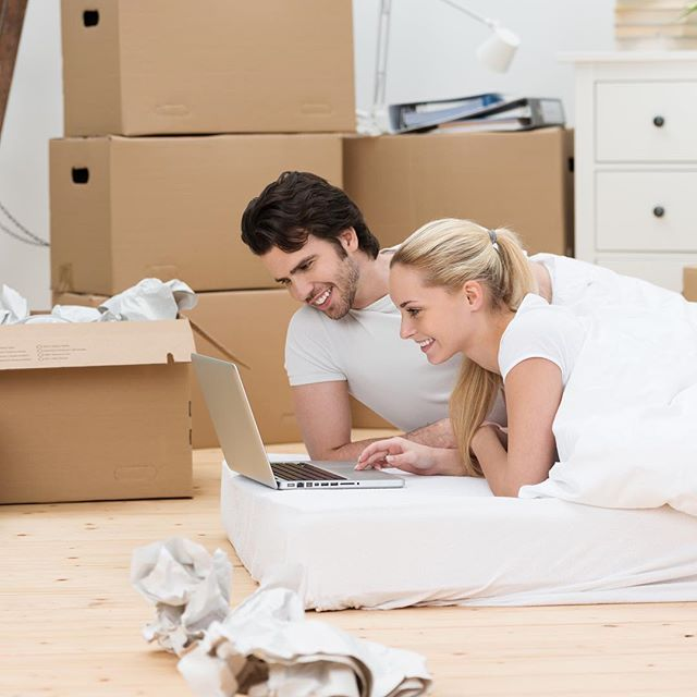 Moving in the new year? Don't stress! We've made moving easy, with a bed in a box! Jump online now and place your order... Link in the bio.