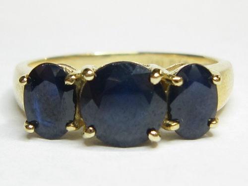 Estate Sapphire 3 Stone Past Present Future Yellow Gold Ring