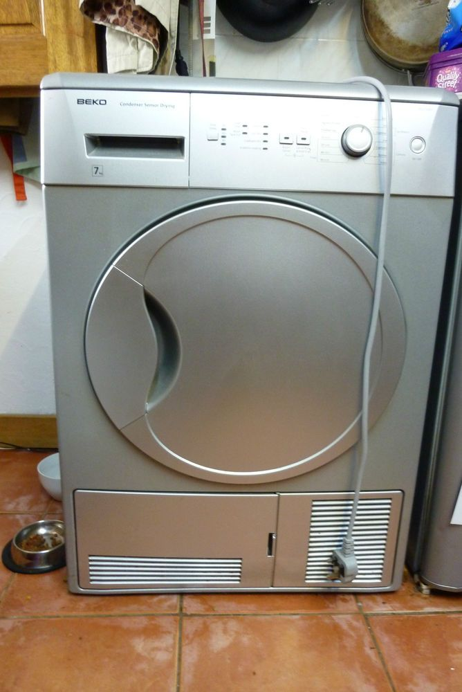 BEKO tumble dryer in silver model number dcu7230s