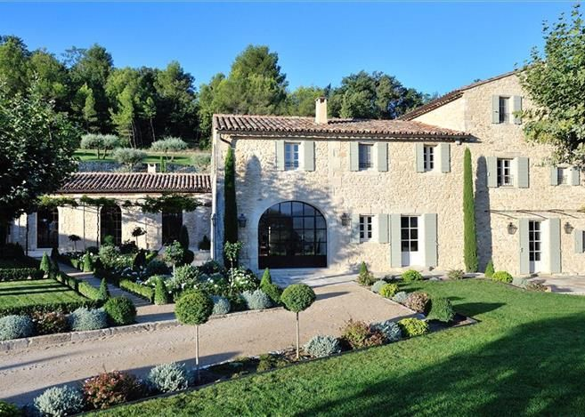 25 best ideas about home exterior design on pinterest for Exterieur provencal