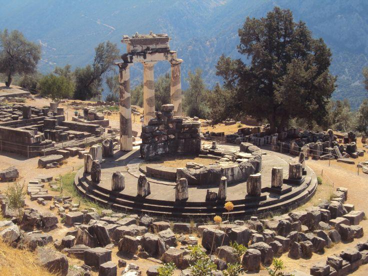 Дельфы . Храм Апполона.