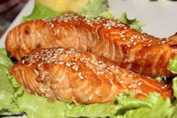 Запеченная рыба семга с сыром