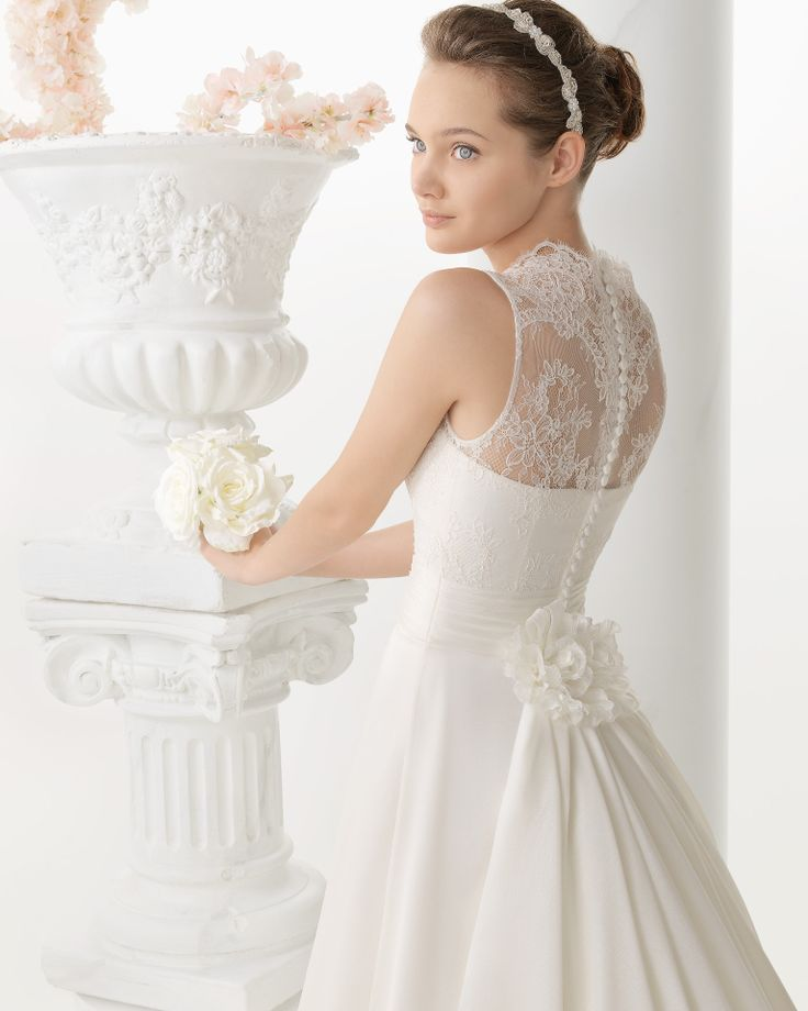 267 NOA | Wedding Dresses | 2014 Collection | Alma Novia (close up)