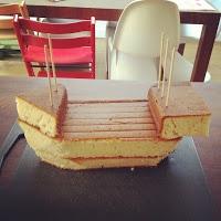 PIRATE CAKE  http://trulyscrumptiouscreations.blogspot.com.au/2012/04/pirate-ship-cake.html