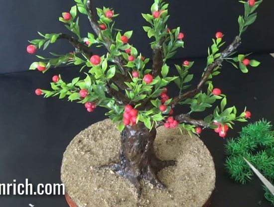 "How to Make Newspaper Bonsai Tree | DIY Newspaper Recycling Craft | DIY Home Decor: Friends, in this tutorial we are showing how to make a very realistic and beautiful Bonsai tree that is purely made using raw newspapers and plaster of paris. Yes, you heard it right! This bonsai tree is made using … Continue reading ""How To Make Newspaper Bonsai Tree at Home"""