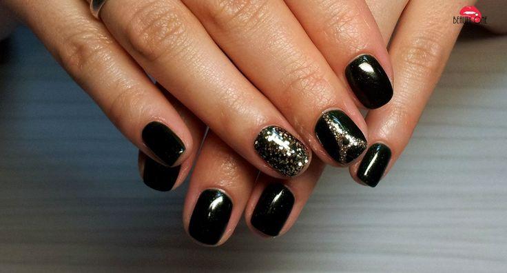 Маникюр ногтей с блестками на наращенные и короткие ногти. Как сделать красивый…