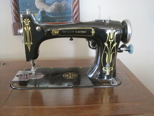 Damascus Electric Damascus Pinterest Damascus Vintage Sewing Custom Damascus Sewing Machine
