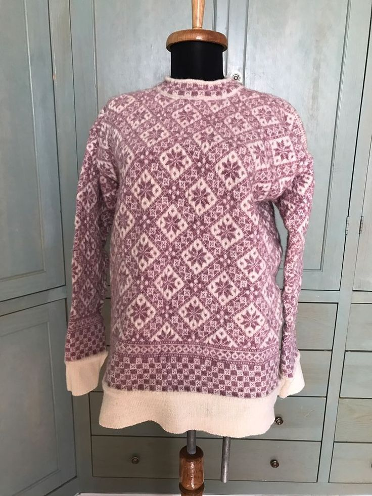 Dale of Norway Pure Wool Nordic Sweater Pink Cream S/M - Shrunken in Wash #DaleOfNorway #TurtleneckMock