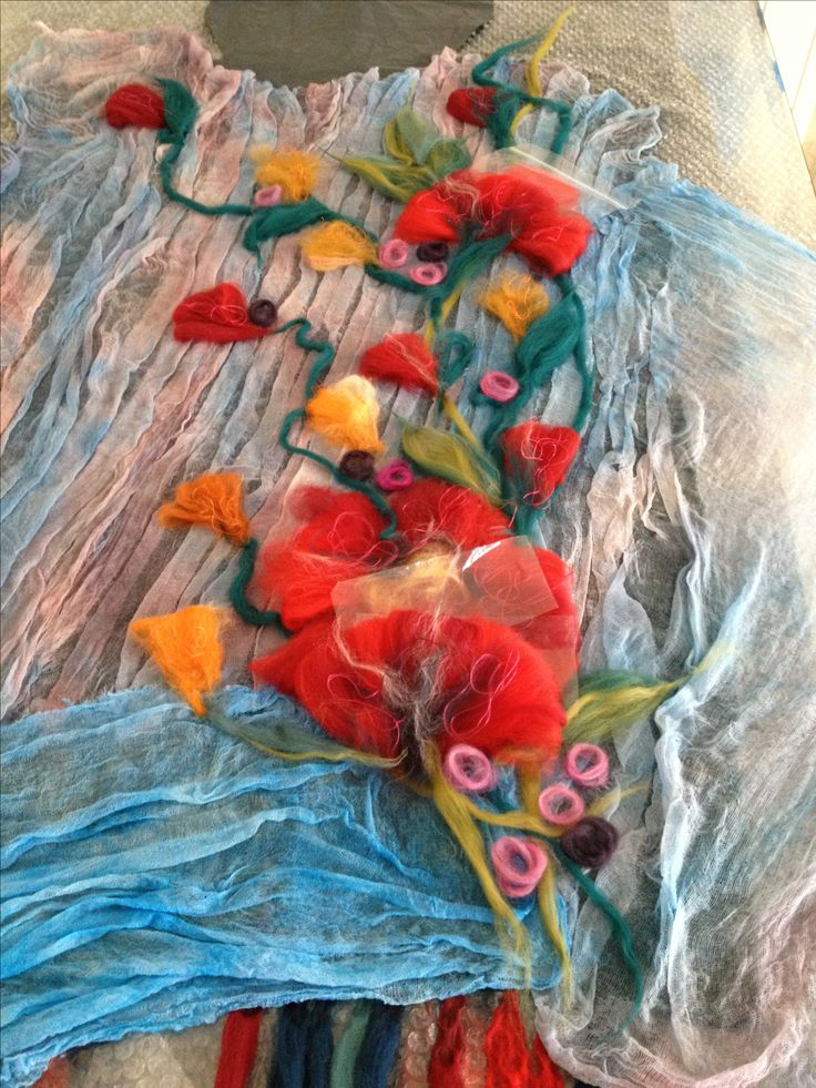 Felted tunic from merino wool and hand dyed natural cotton gauze, painting with wool  www.nadinsmo.com