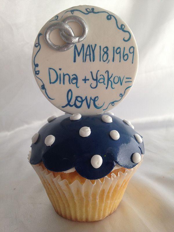 Sapphire Anniversary XL cupcake sapphire Anniversary 45th