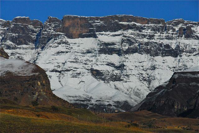 mUkhahlamba - Cntral Drakensberg taken by Paul Tosio