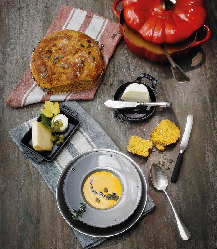Hokkaido-Kürbis-Suppe - Tolles Rezept von Sterneköchin Su Vössing.#rezept #suppe #kürbis #pumpkin