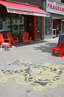 In front of Red Rocket Café at 1364 Danforth. In mid-June 2013, I noticed that artist Victor Fraser refreshed his letters all along Danforth Avenue. Toronto Fun Places: The ABC of strolling